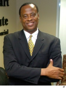 0626_conrad_murray_ap060708045483-224x300