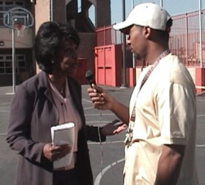 Maxine Waters speaks with Alex Alonso from Streetgangs.com about LAPD Cheif William Bratton.
