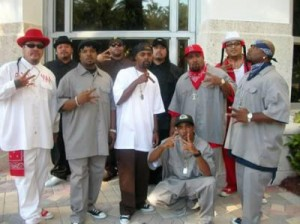 9 deuce bishop blood gang pictures with guns