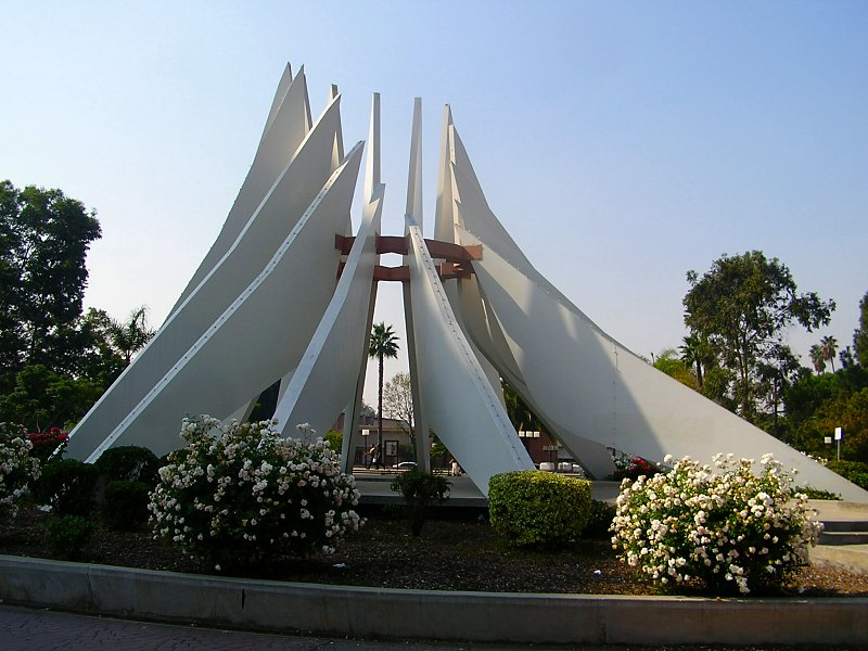 Compton_MLK_monument