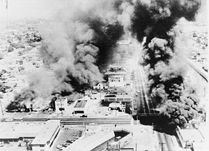 Watts riots-burning
