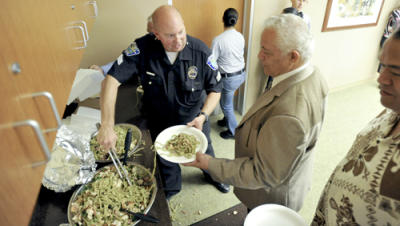 Hawthorne Police and Tongan community dinner