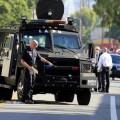 LAPD swat kills suspect south la